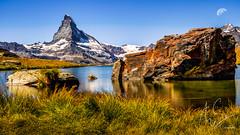 IMG_20160824_C700D_028HDR-Mond.jpg (Samoht2014) Tags: bergsee matterhorn mond schweiz stellisee wallis wasser zermatt