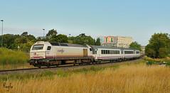 O Burgo (***REGFA***) Tags: arco o burgo tren renfe adif comboio viajeros 2000 coche de