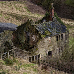 Down and out (JEFF CARR IMAGES) Tags: decay cottage stonebuilt thenorthwestofengland