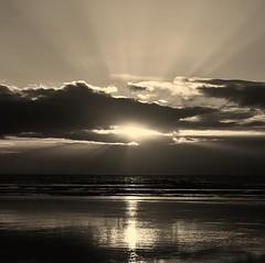 Dinas Dinlle (Kevin O'Brian) Tags: park uk light sun beach wales walking kevin hills national scenary snowdon rays snowdonia gwynedd dinas obrian