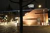 Brückenkopf des Eisernen Steges auf der Frankfurter Seite (S. Ruehlow) Tags: bridge night nacht frankfurt brücke altstadt frankfurtammain langzeitbelichtung pflastersteine 1868 eisernersteg langzeitaufnahme mainkai brückenkopf nächtlichebeleuchtung peterschmick