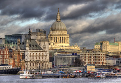 "St. Pauls Cathedral • <a style=""font-size:0.8em;"" href=""http://www.flickr.com/photos/45090765@N05/8555512732/"" target=""_blank"">View on Flickr</a>"