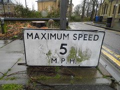 maximum speed (satguru) Tags: sign pre windsor berkshire worboys