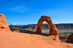 Delicate Arch, Arches National Park (edewar photography) Tags: park red mountains yellow rock stone la utah amazing sand nikon colorado eric flickr arch arches idaho national redrock delicate sal arche dewar d80 tumblr d7000 d780