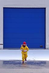 Klar ferdig - - Go girl (erlingsi) Tags: door blue snow girl norway melting sneeuw running oc volda sn springing noreg scana bltt erlingsivertsen frameit snsmelting annalinnea mygearandme mygearandmepremium mygearandmebronze mygearandmesilver gladportrett