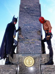 Mad Anthony Wayne (Random420) Tags: philadelphia cosplay batman artmuseum brucewayne redhood togetherbrothers madanthonywayne