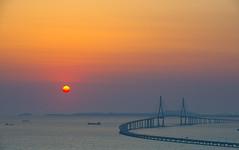 Incheon Bridge from the I-Tower; 아이타워에서는 인천대교 (Justin Howard Photography) Tags: bridge korea incheon 인천 한국 대한민국 야경 송도 대교 코리아 인천대교 incheonbridge