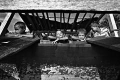 MIN_4144 (Darmin Ladiro) Tags: sea boys laut human gypsy interest sabah semporna bajau