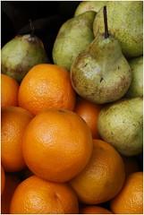 Orange Pears (ramnath bhat) Tags: india fruits asia maharashtra stockphotography indianimage ramnathbhat