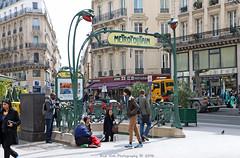 Metropolitain (Rick & Bart) Tags: city people urban paris france canon metro strangers metropolitain urbanlife everydaypeople rickbart thebestofday gnneniyisi rickvink eos70d