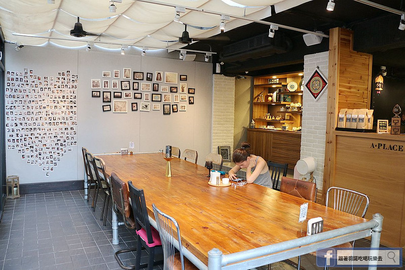 A place cafe捷运中山国中站友善宠物餐厅032