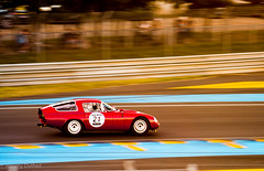 Alfa Romeo TZ1 racing into the sunset. (Aimery Dutheil photography) Tags: red classic race racecar speed canon amazing italian classiccar fast exotic alfa endurance alfaromeo lemans tz giulia lmc lemans24 tz1 70d lemansclassic straight4 alfaromeotz alfaromeotz1