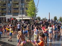 het Groot Amersfoorts Watergevecht 2e editie Eemplein (willemalink) Tags: het groot amersfoorts watergevecht 2e editie eemplein