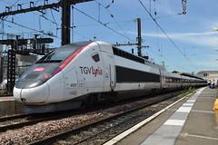 SNCF TGV Lyria POS 4417 (384034) (Will Swain) Tags: paris gare de lyon 18th july 2016 train trains rail railway railways transport travel vehicle vehicles europe france french voyage capital city centre parisien ile ledefrance le socit nationale des chemins fer franais  grande vitesse sncf tgv lyria pos 4417 384034