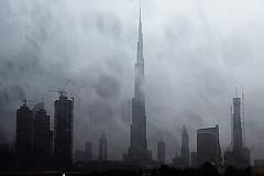 Visible cities #1 - Dubai in the rain (stedef) Tags: dubai uae skyscraper burjkhalifa rain fog pioggia nebbia emiratiarabiuniti unitedarabemirates grattacielo eau