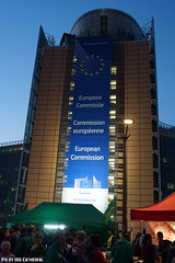 Berlaymont (Red Cathedral is offroad + off-grid in les Pyrn) Tags: sonyalpha a77markii a77 mkii eventcoverage alpha sony oldtimer sonyslta77ii slt evf translucentmirrortechnology redcathedral belgium alittlebitofcommonsenseisagoodthing activism protest ttip ceta stop no gmo brussel bruxelles brussels europeanunion transatlantictradeandinvestmentpartnership berlaymont berliamont europeancommission ultraliberalisme neoliberal democracy