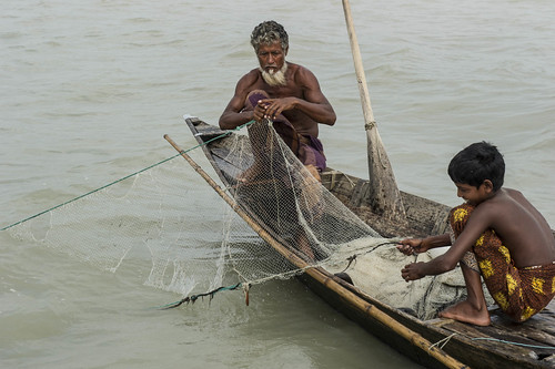 Fishermen in Bhola, Bangladesh. Photo by Finn Thilsted, 2013.