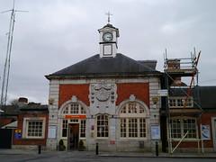 Hatch End rail station (shirokazan) Tags: uk england london station lumix loop g united railway kingdom panasonic end hatch vario 1445mm gx1