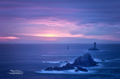 Pointe du Raz - Phare de la Vieille (philippe MANGUIN photographies) Tags: bretagne finistere pointesaintmathieu philippemanguin wwwphotosdebretagnecom