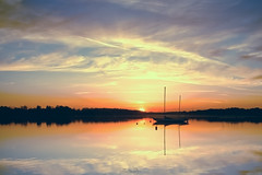The boat (Marc Benslahdine) Tags: wood trees sunset water clouds landscape boats soleil bateaux ciel nuage nuages paysage etang tamronspaf1750mmf28xrdiii vairessurmarne canoneos50d marcopix basenautique tripax marcbenslahdine wwwmarcopixcom wwwfacebookcommarcopix marcopixcom