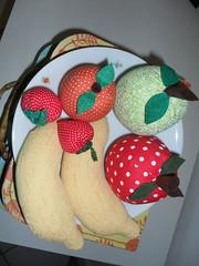 Frutas em Tecido (SILVIA FERREIRA OFICINA DO FUXICO) Tags: do oficina fruta silvia fuxico tecido ferreira