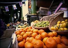Oranges at Borough Market (pho-Tony) Tags: 35mm lens 1 lomography 200 vista kit halfframe fullframe agfa ultrawide blend poundland agfavista c41 17mm ultrawideangle superwide tetenal lcwide lomolcw lomolcwide minigon17mm minigon