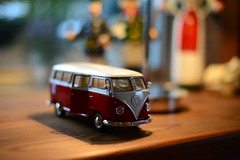 Nostalgie Volkswagen - VW - Bus Miniatur Modellauto (videamus) Tags: auto west bus classic car vw germany volkswagen toy deutschland miniature model automobile retro made bully holz modell tr wolfsburg spiel ausstellung omnibus bulli kult automobil kleinbus klassik modellauto stck miniatuur liebhaber kultauto spielauto