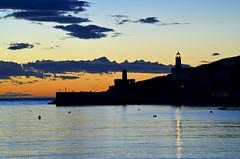 Luz del Faro (Fotomondeo) Tags: light sea sky espaa luz atardecer evening mar spain nikon cielo mallorca portsoller nikond7000
