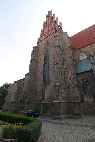 Północny szczyt transeptu kościoła śś. Piotra i Pawła w Strzegomiu