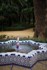 Peace (dcrenes) Tags: park parque espaa water fountain sevilla andaluca spain agua fuente seville andalusia marialuisa parquedemarialuisa