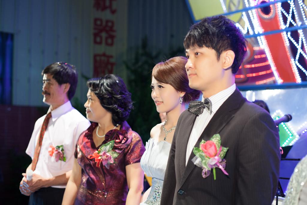 【婚禮紀錄∣拍照】台南婚攝 嘉迪+芸芳 自宅流水席