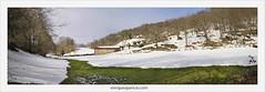 Borda (EnriqueAparicio) Tags: verde arbol agua nieve paisaje cielo campo enrique borda aparicio d700 basaburua comunidadforaldenavarra enriqueaparicio