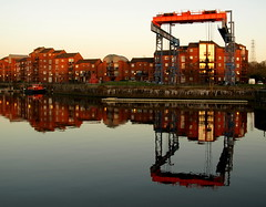 Another view of the boat crane at Preston Docks (Tony Worrall Foto) Tags: city uk houses england urban wet water pool buildings nice apartments tour lift place northwest crane north scenic visit tourist calm basin lancashire preston destination northern lancs boatcrane prestondocks ashtononribble prestondockscrane 2013tonyworrall