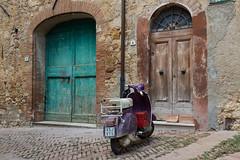 Alley in Pienza (Stefan Napierala) Tags: stefannapierala pienza toscana toskana tuscany italia italien italy alley vicolo gasse