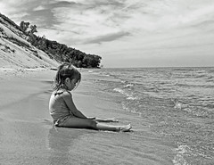 Child at Beach (mikeallee) Tags: allee childatbeach