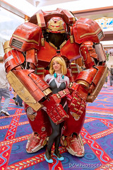 The Hulkbuster & Spider Gwen (dgwphotography) Tags: hulkbuster spidergwen marvelcomics marvel cosplay terrificon 28mmf18g nikond600