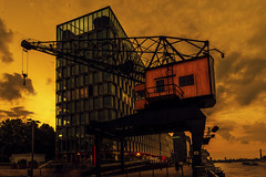 Herkules after work (Renate Bomm) Tags: renatebomm 366 2016 pictureoftheday kran rheinauenhafen canoneos6d herkules hafen köln cologne colonia flickrunitedaward coloursoftheworld denkmalschutz beautifulcapture goldenvisions visiongroup thegoldendreams 2016onephotoeachday