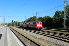 3x 111 door Munchen Passing (vos.nathan) Tags: db deutsche bahn munchen passing br 111 baureihe 031