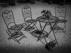 Sitzgruppe (olipennell) Tags: garten schloss stuhl tisch weickersheim weikersheim badenwrttemberg deutschland de