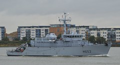 FS Cephee M652 (3) @ Gallions Reach 16-09-16 (AJBC_1) Tags: riverthames gallionsreach london frenchnavy minesweeper military warship ©ajc dlrblog ship boat vessel england unitedkingdom uk navy navalvessel northwoolwich eastlondon newham minehunter mcv londonboroughofnewham fscephee m652 tripartiteclassminehunter nikond3200