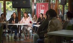 Idoia Mendia y Natalia Rojo se renen con un grupo de mujeres en Vitoria-Gasteiz (socialistasvascos) Tags: idoiamendia nataliarojo vitoriagasteiz araba alava mujer mujeres eleccionesautonmicas elecciones 25s juntosbatera