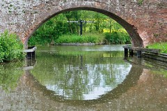 2016 05 29 107 Link between Stratford and Grand Union canals (Mark Baker.) Tags: 2016 baker eu europe mark may avon bridge britain british canal day england english european gb grand great junction kingdom kingswood link outdoor photo photograph picsmark rural spring stratford uk union united upon warwickshire