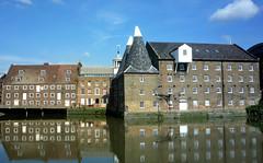 Three Mills Island:  Bromley-By-Bow (curry15) Tags: windows england london mill explore georgian e3 distillery 18thcentury riverlea milllane 1753 1817 bromleybybow clockmill gradeiilisted gradeilisted threemillsisland 3millstudios