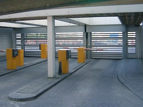 Прозорі швидкі ворота для паркінгу. Скоростные ворота для парккинга. Hi speed clear doors. SST-parking-03