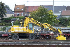 20121006 085 Denderleeuw. Unidentified Ro-Railer (15038) Tags: belgium trains railways unidentified nmbs denderleeuw sncb ontrackplant rorailers