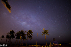 milky way (be808) Tags: nightphotography hawaii oahu wideangle milkyway uwa ewabeach starphotography haubush vivitar13mm oneulabeachpark sonya57 scorpiusconstellation