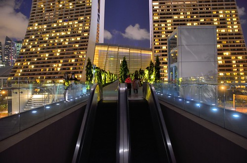 Escalator from Gardens by the Bay to Marina Bay Sands