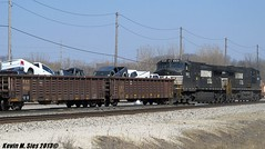Dodge Farewell on train # 146 @ Decatur, IL (CQDX018) Tags: photography illinois lafayette tate ns norfolk central railway southern transportation decatur etc facility railfan hannibal switcher lyle subdivisions railfanning csxt 1542 8934 9110 c409w gp151 geeps 9897 cqdx018