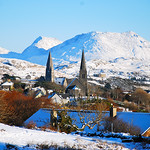 "Clifden Town Under the Snow <a style=""margin-left:10px; font-size:0.8em;"" href=""http://www.flickr.com/photos/89335711@N00/8595568077/"" target=""_blank"">@flickr</a>"