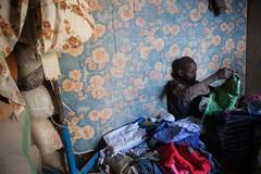 Longo caminho de volta para casa: o retorno de uma família a Timbuktu (AcnurLasAméricas) Tags: youth children westafrica mali idps returnees voluntaryrepatriation returningidps